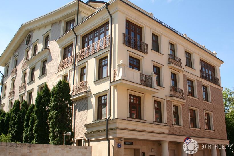 Самая дорогая русская квартира продается в столице за2,5 млрд руб.