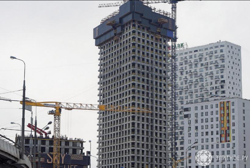 Комплекс небоскребов Wellton Towers преодолел стометровую отметку